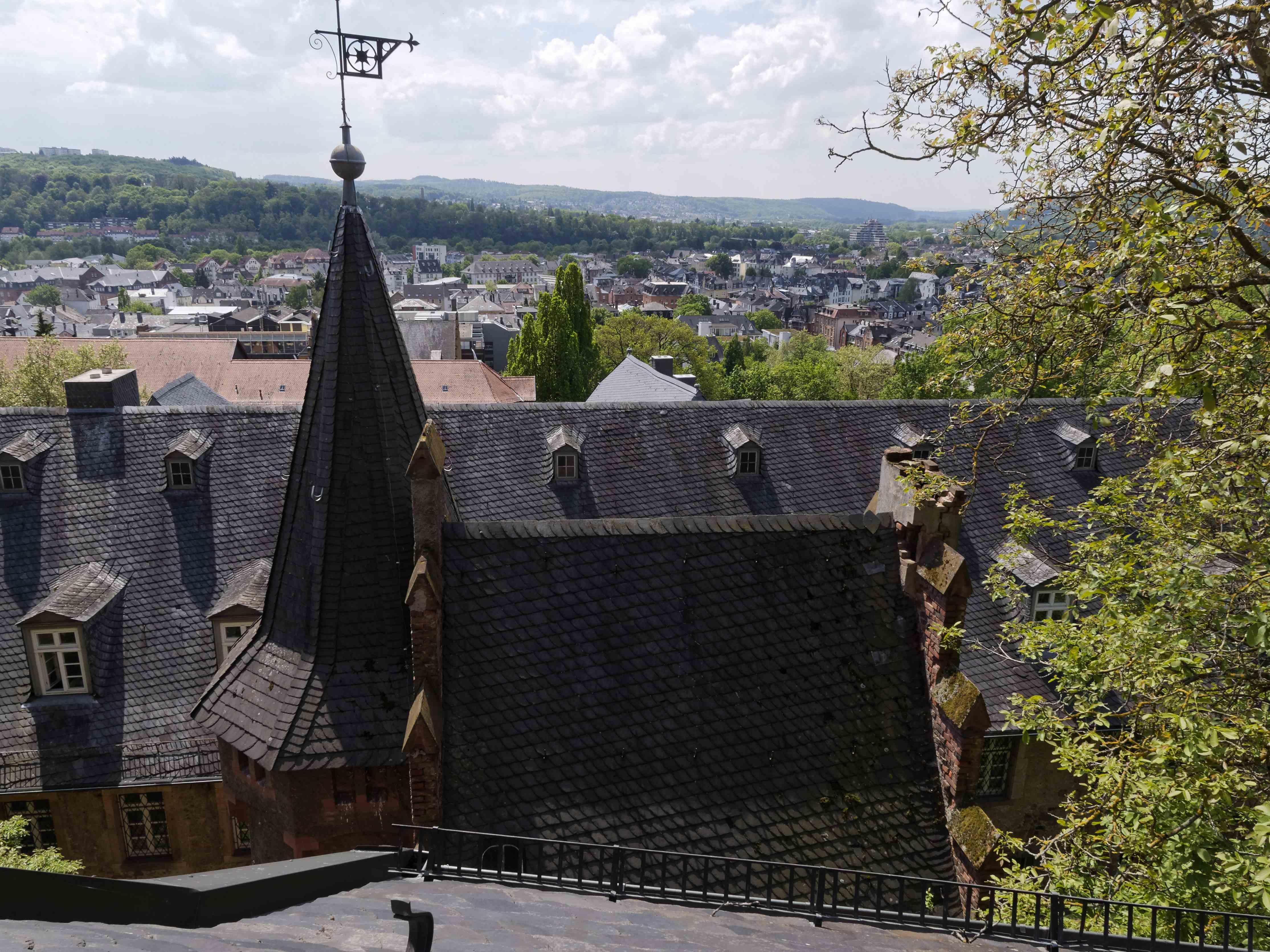 Blick in die Südstadt über das Kugelhaus