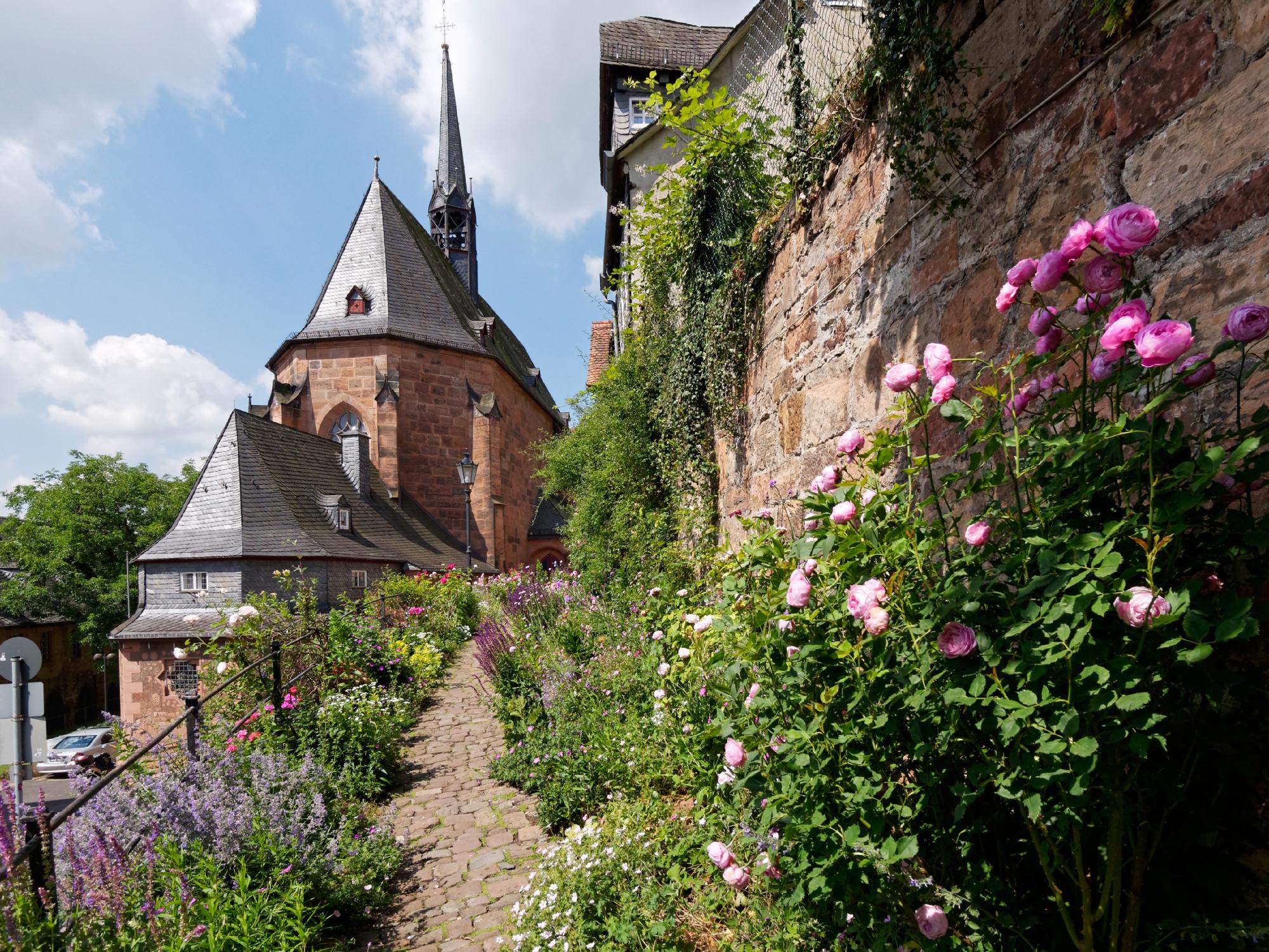 Sicht von der Kugelgasse Richtung Lutherischer Pfarrhof